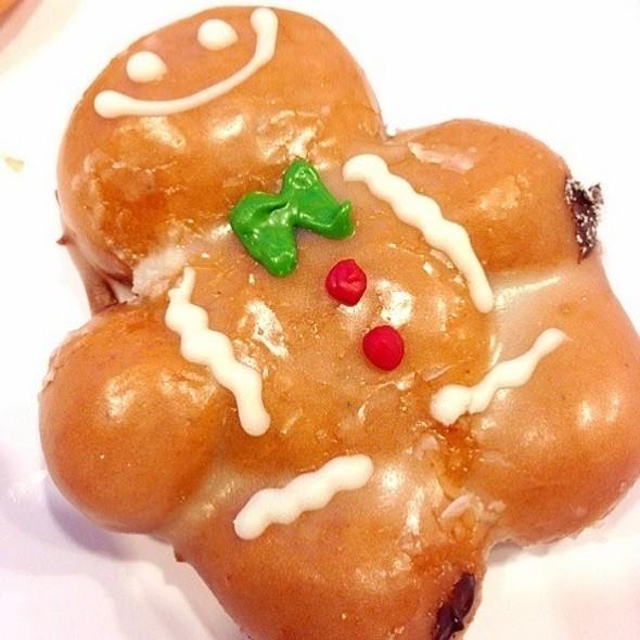 Gingerbread Man @ Krispy Kreme (คริสปี้ ครีม)