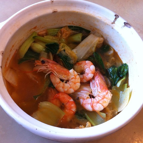 Vegetable Soup With Shrimps @ Home