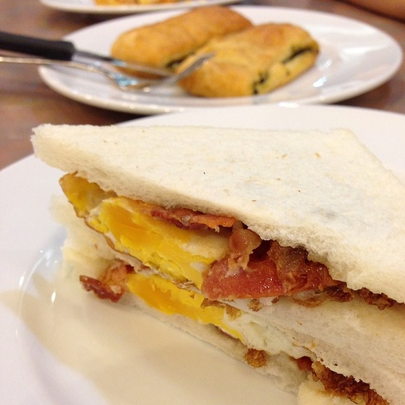 Bacon Sandwich @ S&P @ Central Rama III