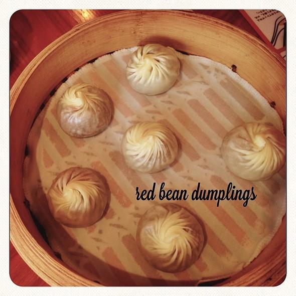 Red bean dumplings @ Din Tai Fung, Tsim Sha Tsui