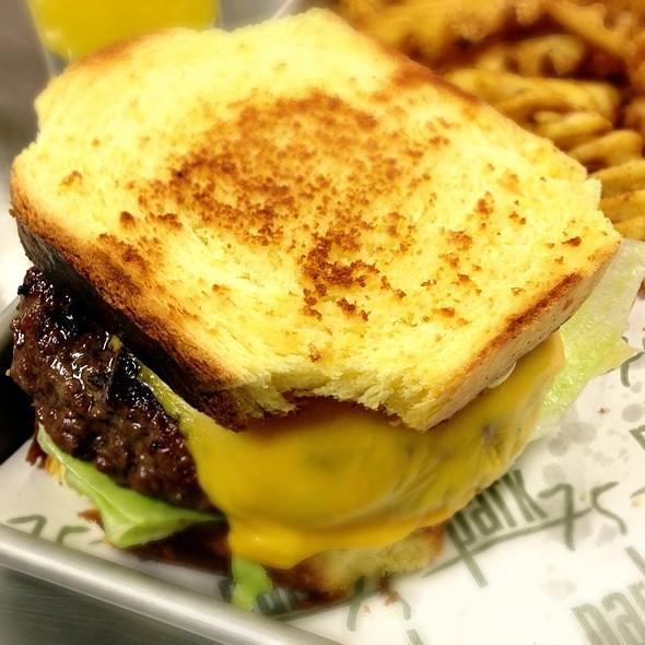 A T L Burger - Park 75, Atlanta, GA