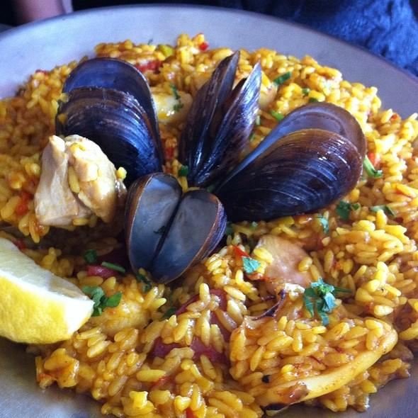 Seafood Curry Paella @ La Mancha