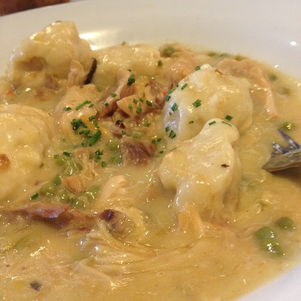 Chicken and dumplings @ Max at the Gallery, University of Rochester