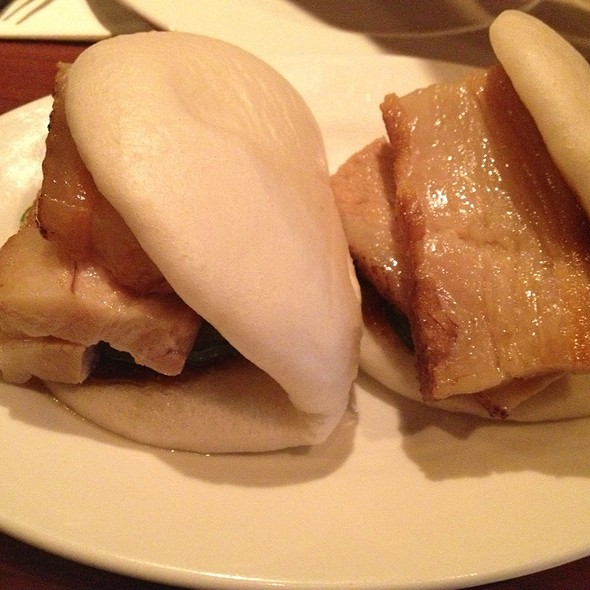 Steamed Buns with pork @ Momofuku Ssam Bar