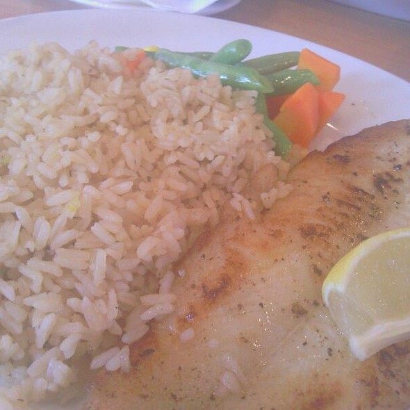 Lemon Pepper Pan-seared White Fish @ Flapjacks