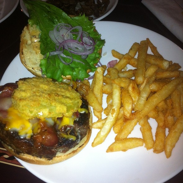 Bistro Burger @ Gary's Bistro