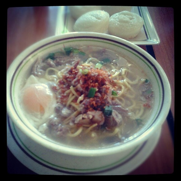 Special Batchoy And Puto