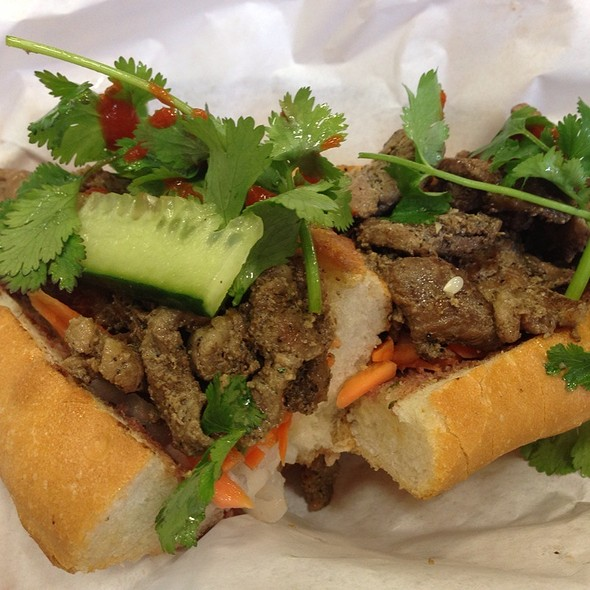 Roasted Pork Bahn Mi @ French Baquette