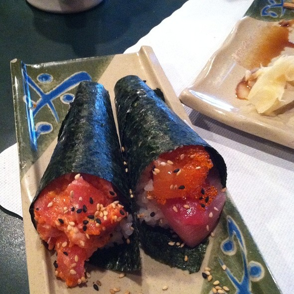 Rainbow Handroll @ Sushi Club