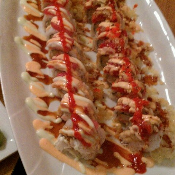 Gesha And Dragon Roll @ Sushi Express