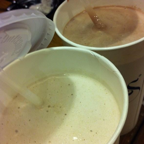 Peanut Butter Malt Shake @ Bubbies Homemade Ice Cream