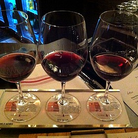 World Noirs Wine Flight