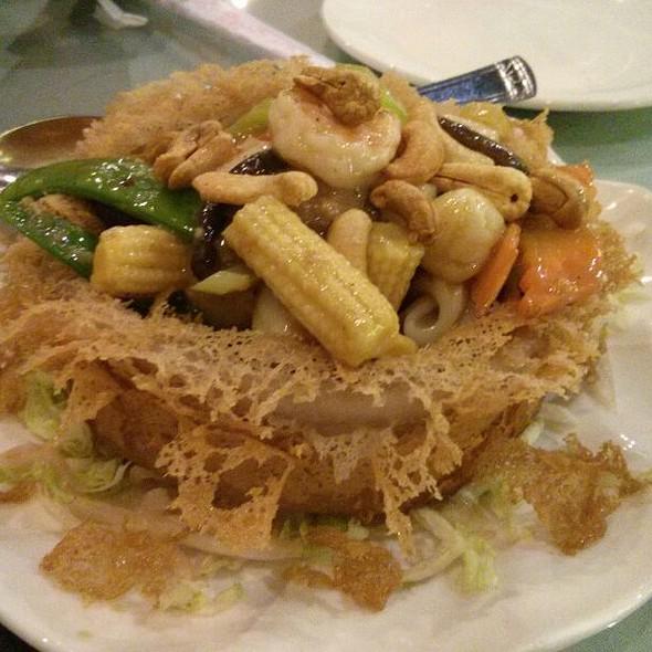 Seafood Yam Ring