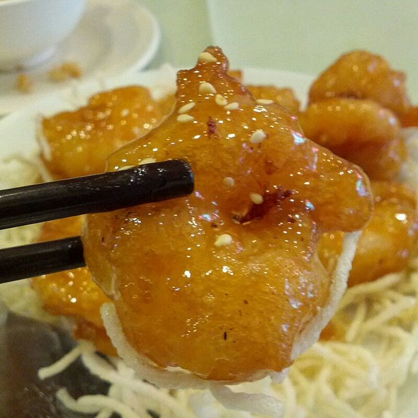 Honey Prawns @ Hoong Cheong Restaurant