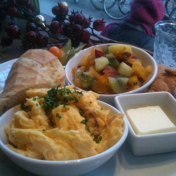 Breakfast @ Leutemanns