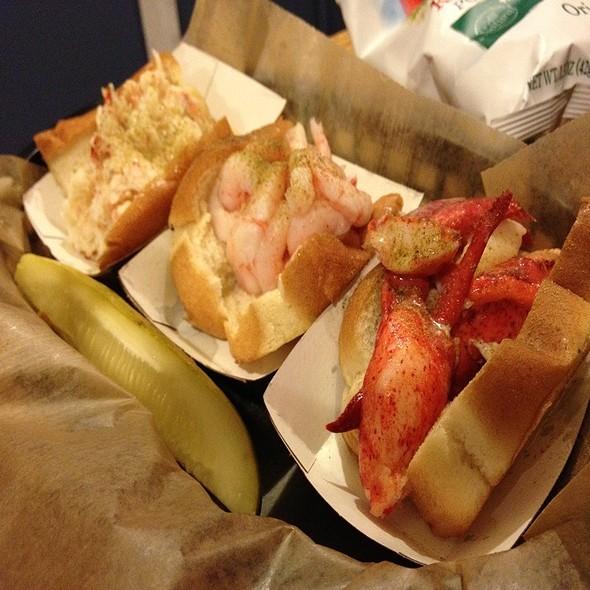 Noah's Ark @ Luke's Lobster