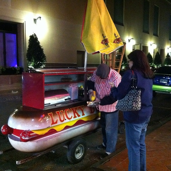 Hot Dogs @ Lucky Dog Hotdog Stand