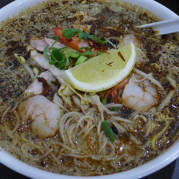 Kuching Sarawak Laksa @ Albee's Kitchen