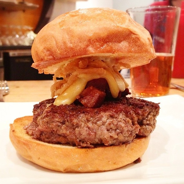 Manly Burger @ Umami Burger Union