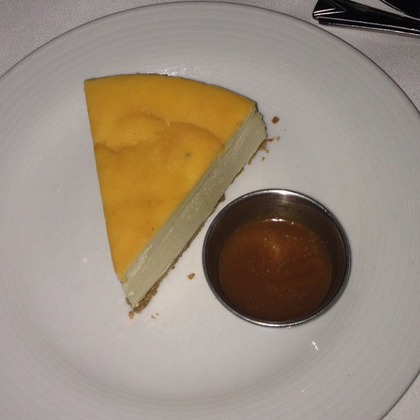 Cheesecake @ The Signature Room at the 95th