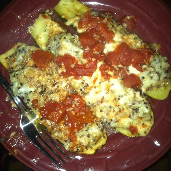 Quinoa Stuffed Zucchini @ Casa de Griffin