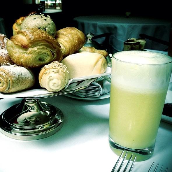 Assorted Pastries & Pineapple Juice