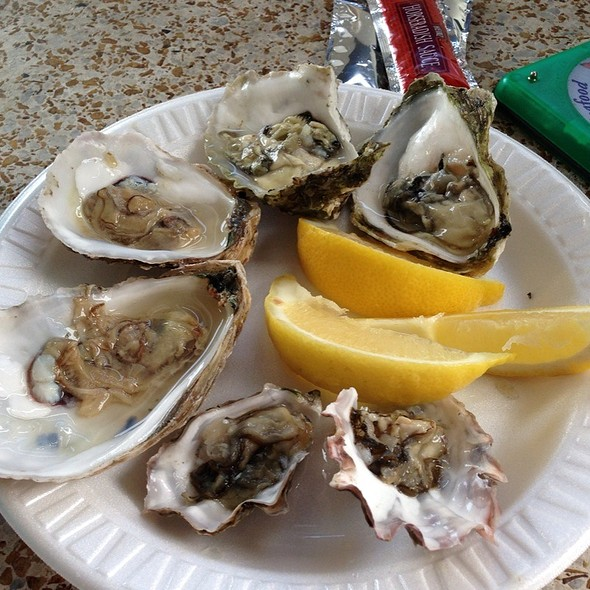 Assorted Oysters @ Quality Seafood