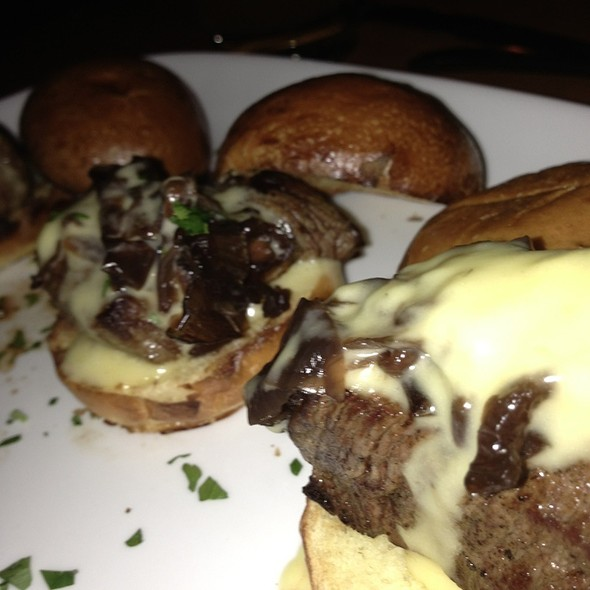 Filet Mignon Sliders - DOC Wine Bar - Lombard, Lombard, IL