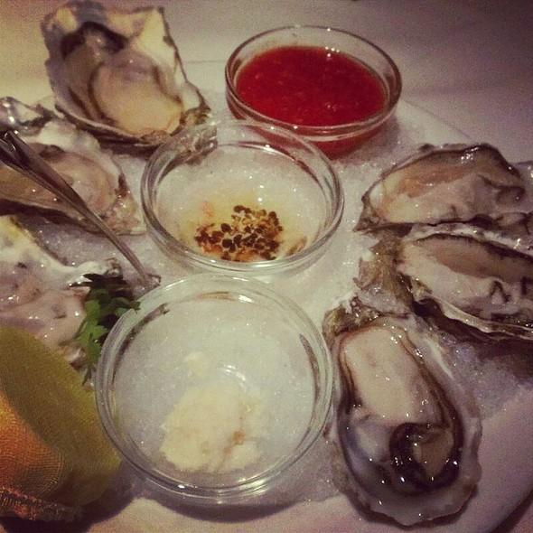 Fanny Bay Oysters - Wildfish Seafood Grille - Scottsdale, Scottsdale, AZ