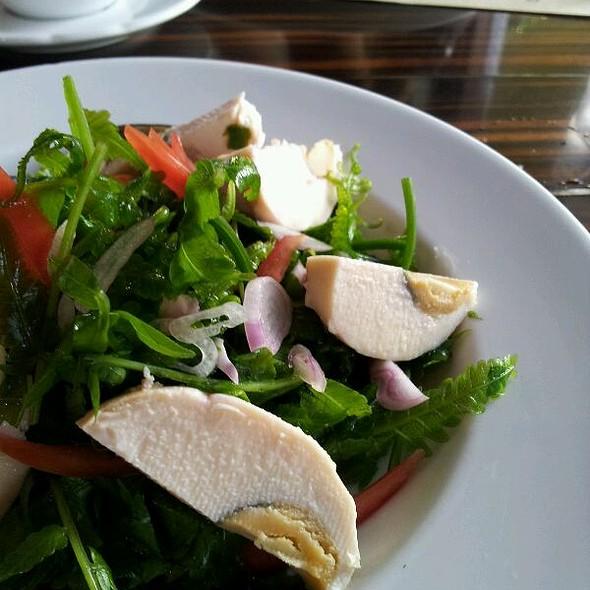 Pako Fern Salad