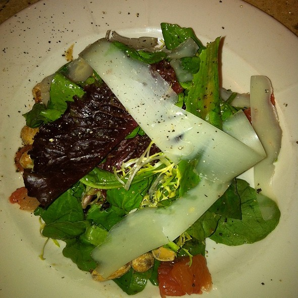 Mixed Green Salad - Northeast Social