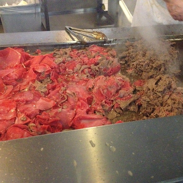 Cheesesteak @ Jim's Steaks