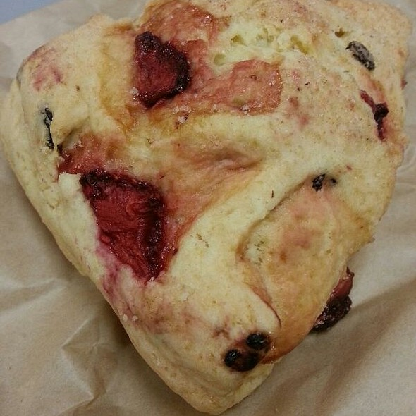 Strawberry Scone @ Peet's Coffee & Tea