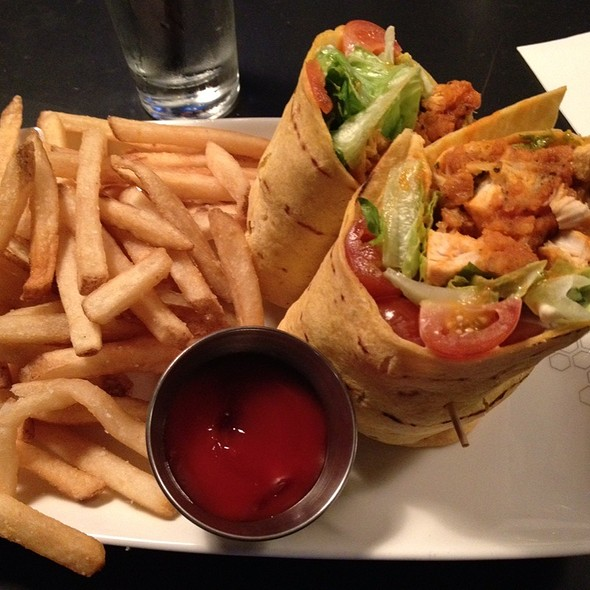 chicken wrap @ The Lab Gastropub