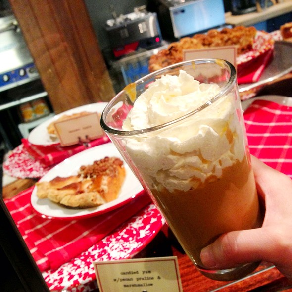 Pie Shake (Candied Yam Pie With Molasses Crinkle Ice Cream) @ Chile Pies & Ice Cream