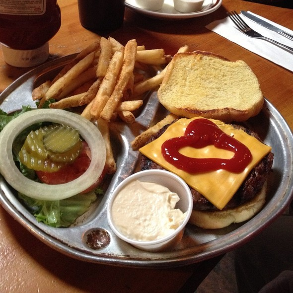 Cheese Burger @ Bonnie Springs Ranch Restaurant