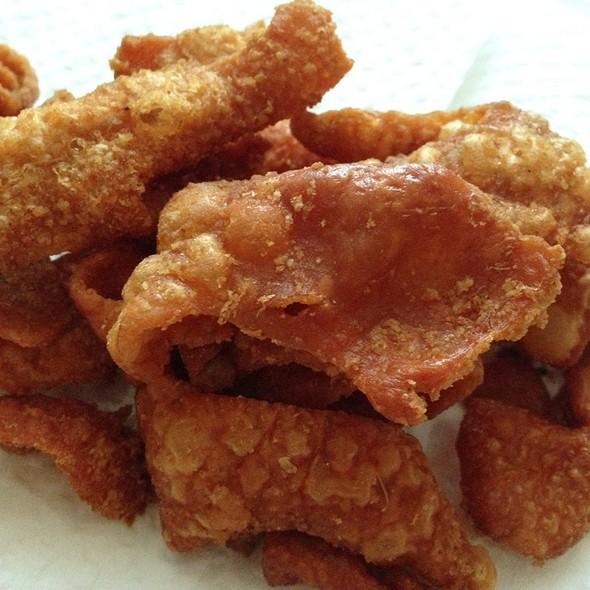 Crispy Chicken Skin @ Food Cart in Soi Aree