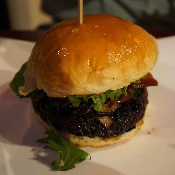 Black And Green Burger @ Bachi Burger