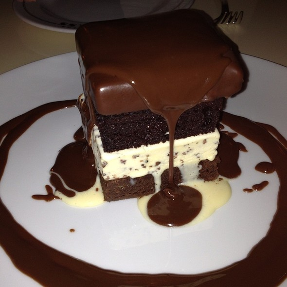 Ice Cream Cake - Lexington Brass, New York, NY