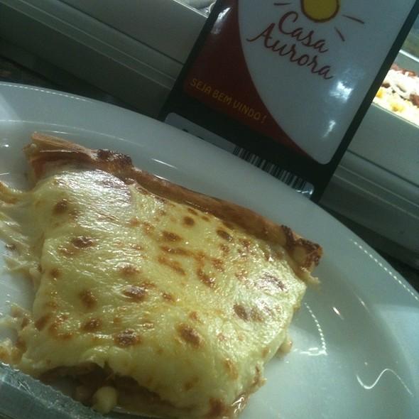 Pizza De Calabresa @ Casa Aurora