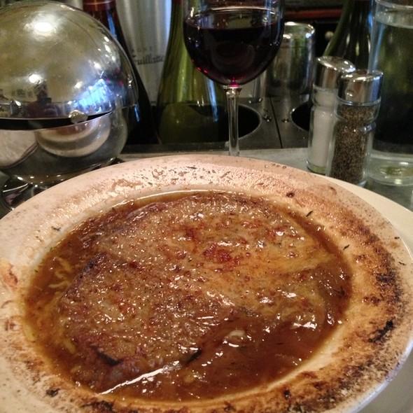 Lyonnaise Baguette & Onion Soup