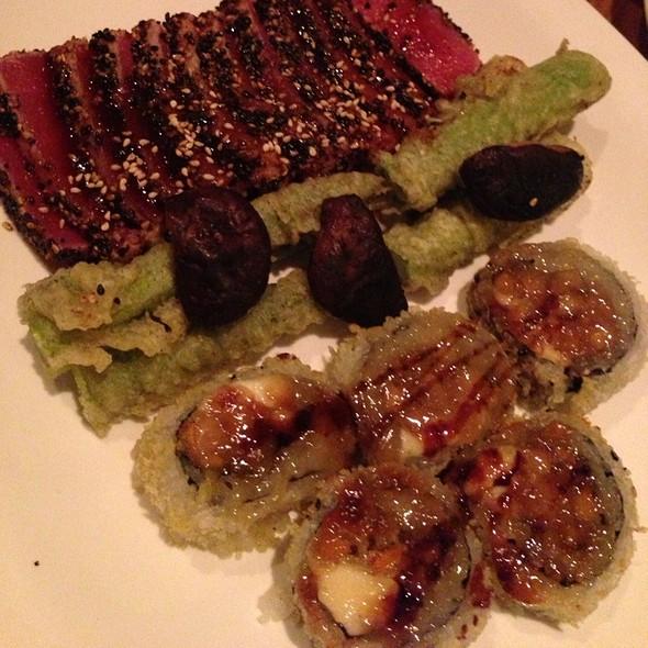Seared Tuna Steak - Rise Sushi & Sake Lounge, Chicago, IL
