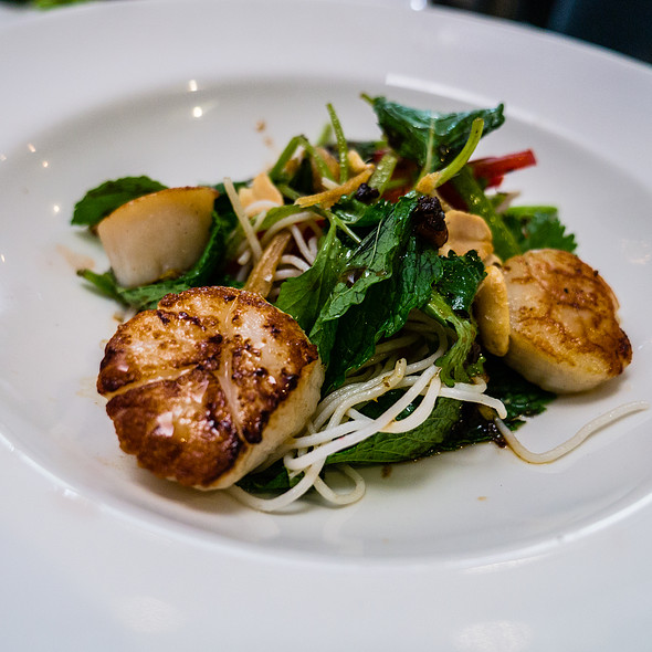 Seared Scallops @ The Botanical