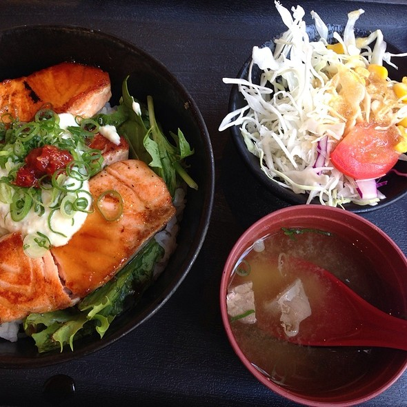 Grilled Spicy Salmon With Rice Set @ Ramen Kan