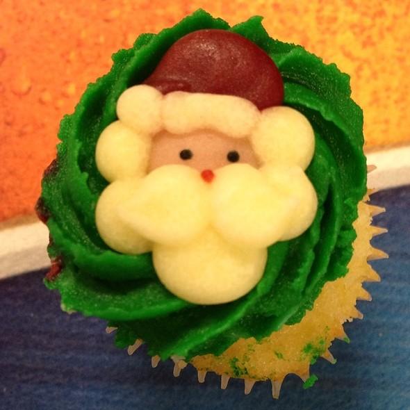 Christmas cupcakes @ Home