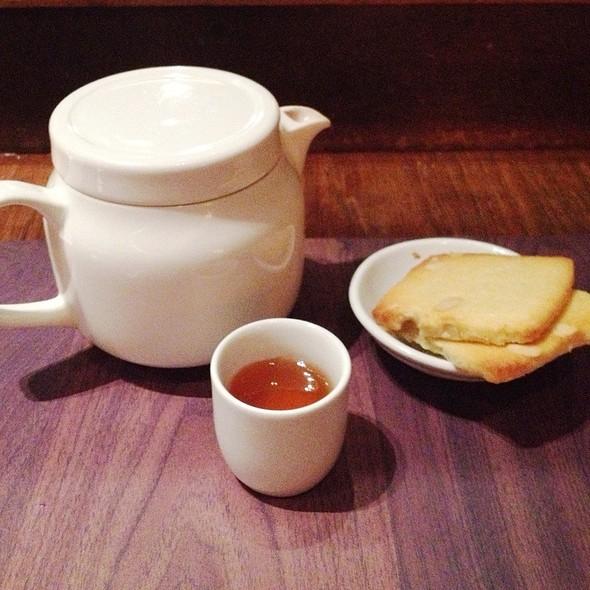 Ginger and honey tea