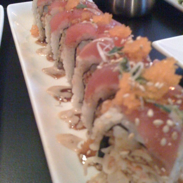 Naughty Girl Roll @ B.A.D. Sushi