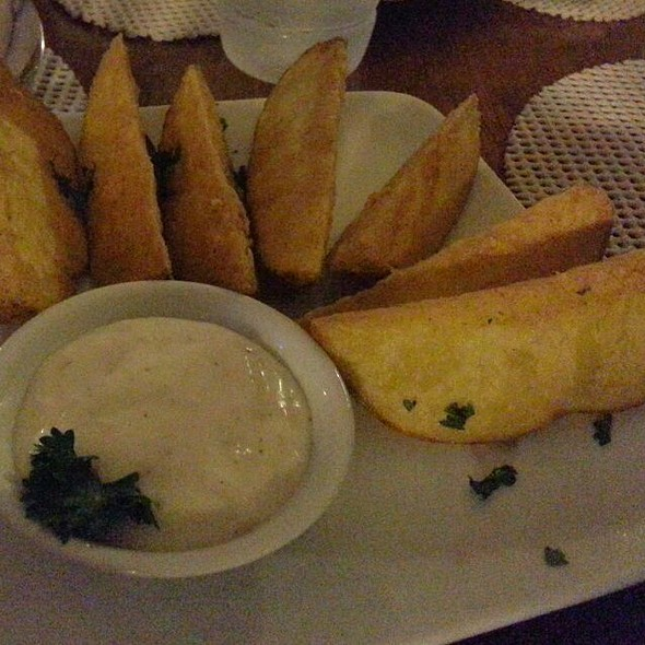 Potato Wedges @ Tonino's Ristorante