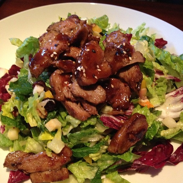 Sesame Duck Salad @ Seasons 52 Fresh Grill