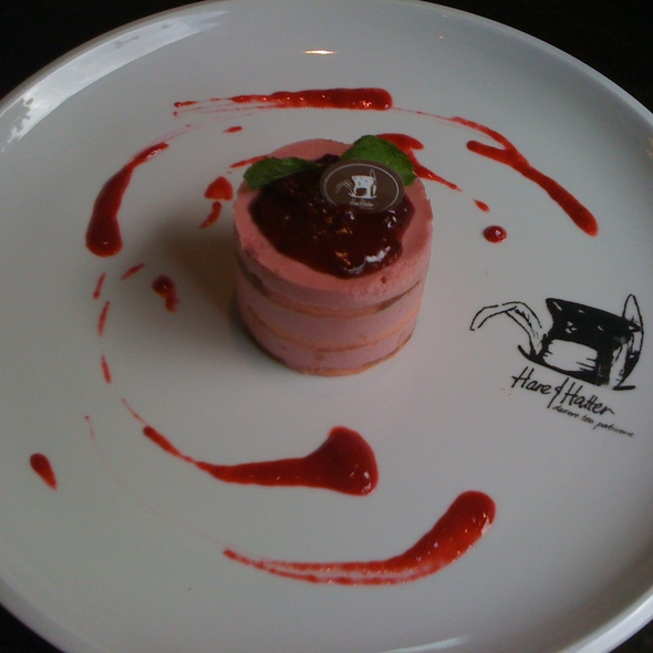 strawberry mousse @ Hare & Hatter